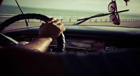 Pourquoi visiterMarrakech en voiture est le meilleur moyen ? image